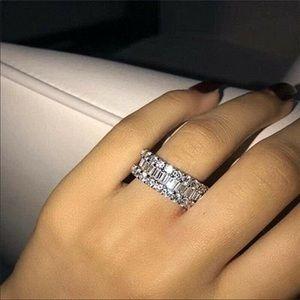 White sparkling silver wedding band ring diamonds